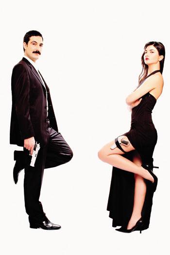 RELATED : A Love Traingle Between Beren Saat Bülent İnal and Tuba