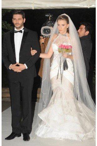 The Wedding Scene in Lale Devri - With Çınar (Tolgahan Sayışman)