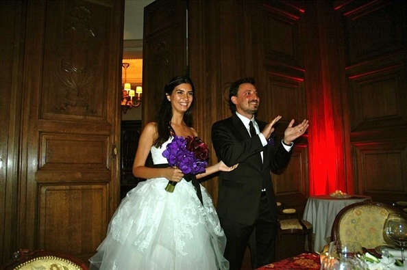 Tuba Büyüküstün and Onur Saylak was married in Paris in 2011