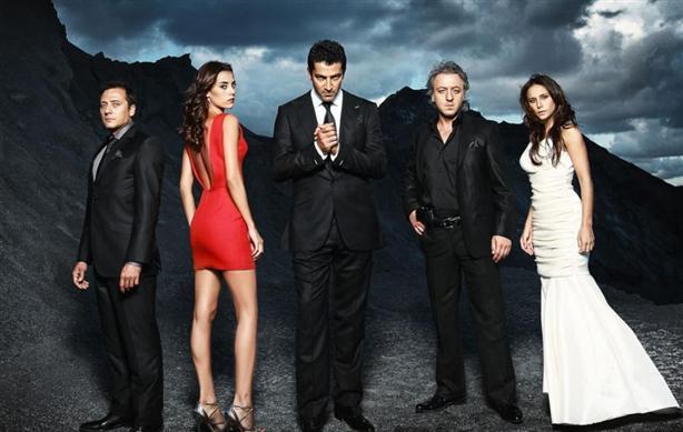 """Kenan İmirzalıoğlu's legendary tv series """"Ezel"""""""