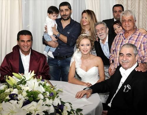 İbrahim Tatlıses got Married! - Celebrities -