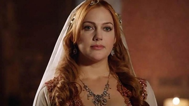 Meryem Uzerli as Hurrem Sultan in Magnificent Century tv series