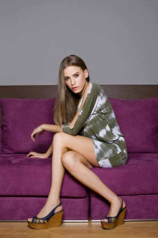 Serenay Sarıkaya - Biography-Cover