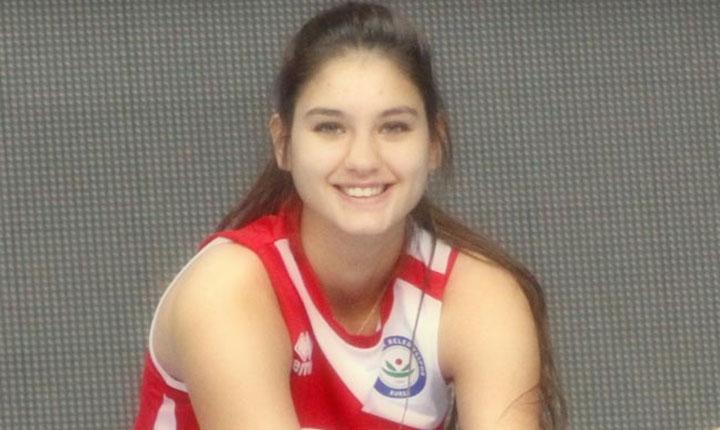 Ecem Çırpan is a volleyball player