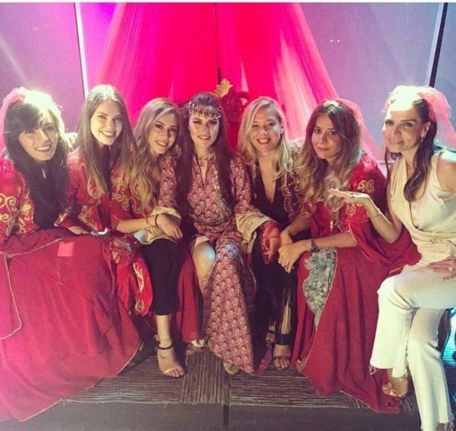 Fahriye Evcen S Henna Night Kina Gecesi Do You Know Turkey