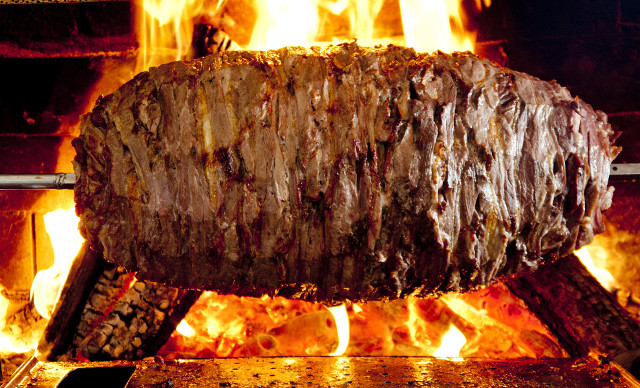 Yatık Döner - Traditional Cag Kebab