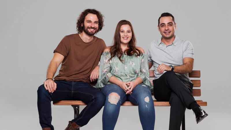 Berk, Beste, and Mahur played by Birkan Sokullu, Elçin Afacan, and Olgun Toker