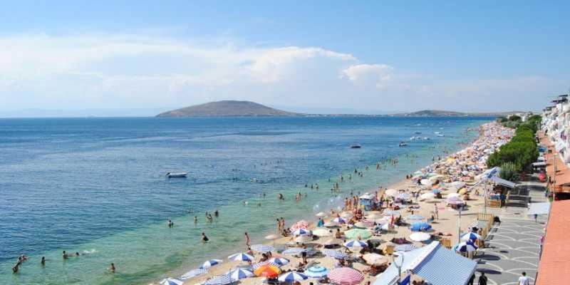 Avşa Island is the northernmost island of Balıkesir