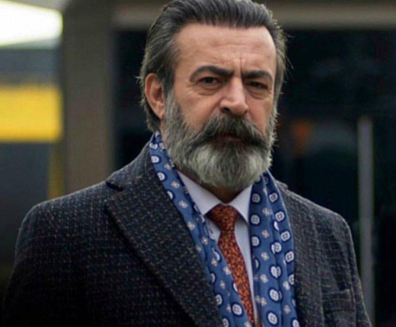 Another master actor Levent Ülgen, acted as Rıfat Bilgin