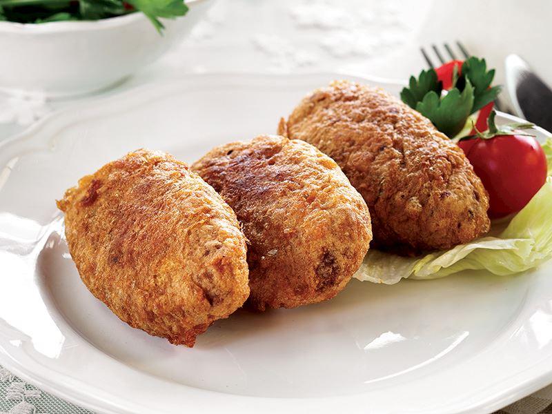 "Recipe: ""Kadınbudu Köfte"" – Turkish Lady's Thigh Meatballs"