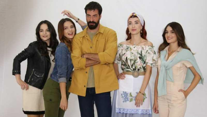 Yıldız, Kuzey and his 3 beautiful daughters