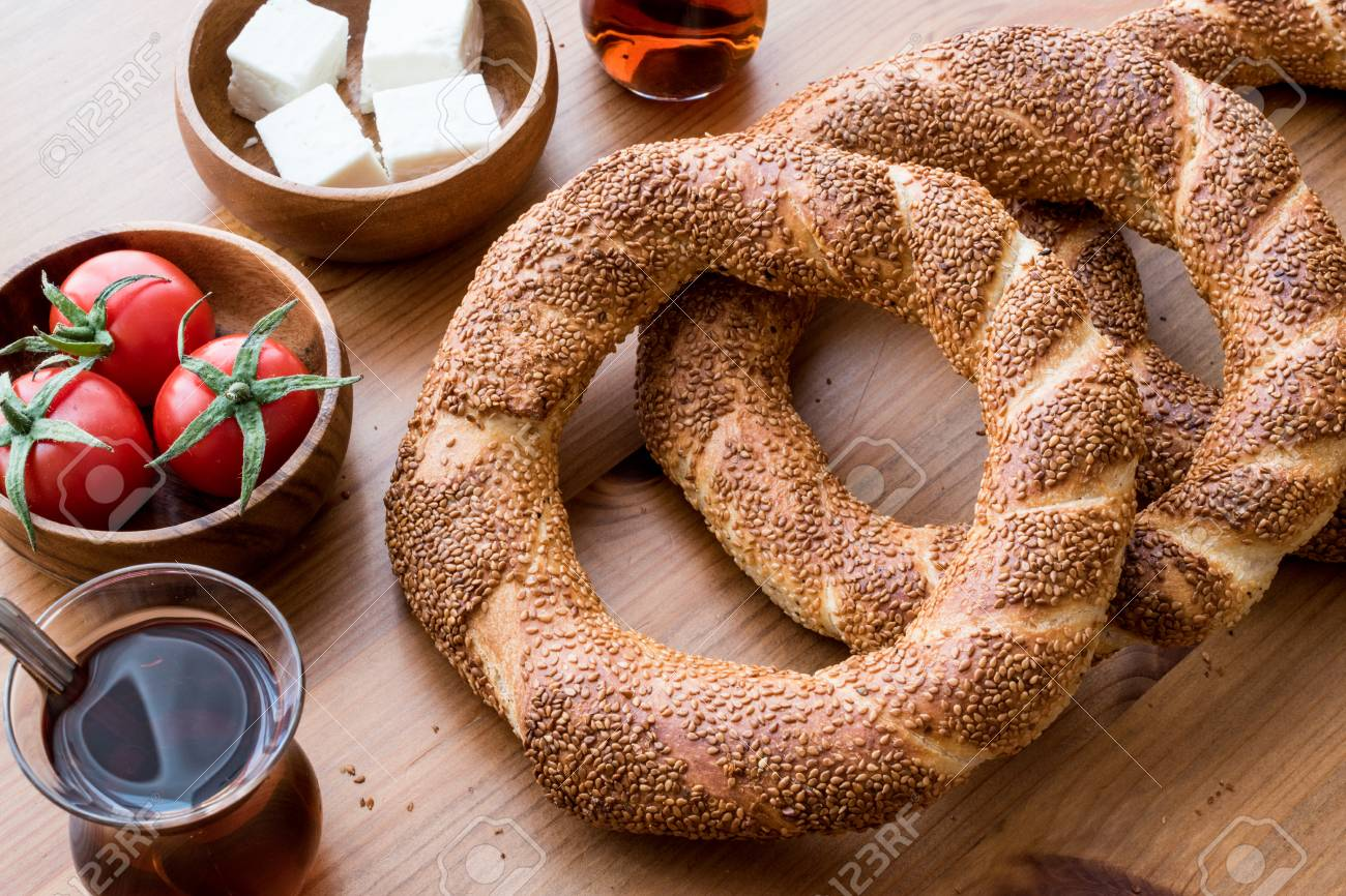 """TheTurkish word """"simit"""" has finally entered the OxfordEnglish Dictionary (OED)"""