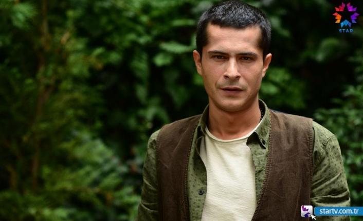 The master actor İsmail Hacıoğlu acts as Hasan Çetin