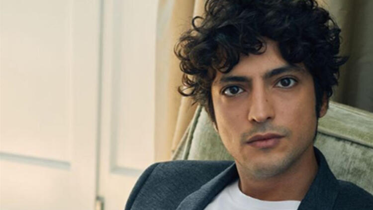 Taner Ölmez is the star of Miracle Doctor Turkish TV series.