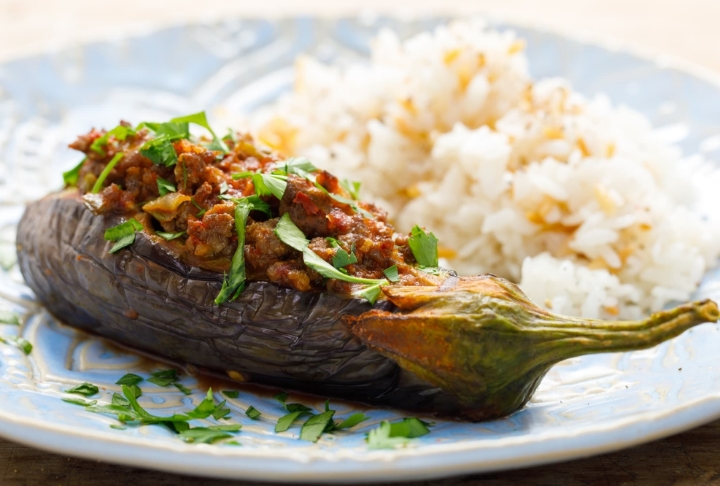 Making stuffed eggplant takes you 1 hour and 45 minutes, including cooking and preparation time.