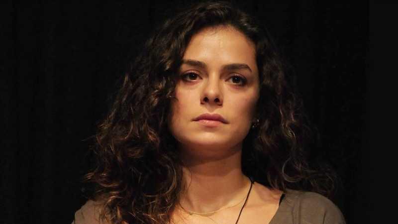 Özge Özpirinçci is now playing in Kadın - Woman Turkish TV drama.
