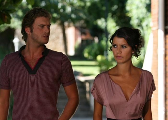 The legendary couple of Turkish televisions: Beren Saat as Bihter and Kıvanç Tatlıtuğ as Behlül in Aşk-ı Memnu - The Forbidden Love Turkish TV series.