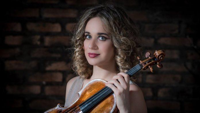 Tekfen Philharmonic is going to present the Italian violinist Anna Tifu.