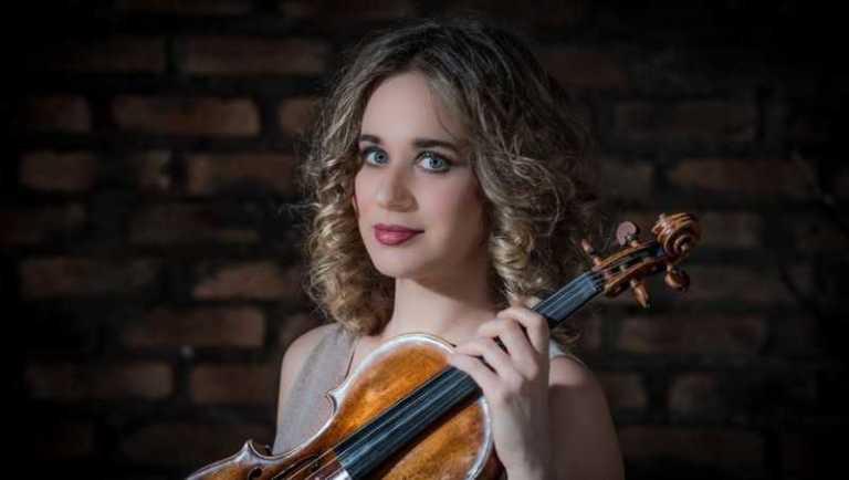 Turkey Gets Ready to Welcome the Italian Violinist Anna Tifu with Tekfen Philharmonic