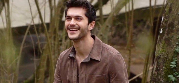 Alperen Duymaz acted along with Kıvanç Tatlıtuğ and Elçin Sangu in Çarpışma - Crash Turkish TV series between 2018-2019.