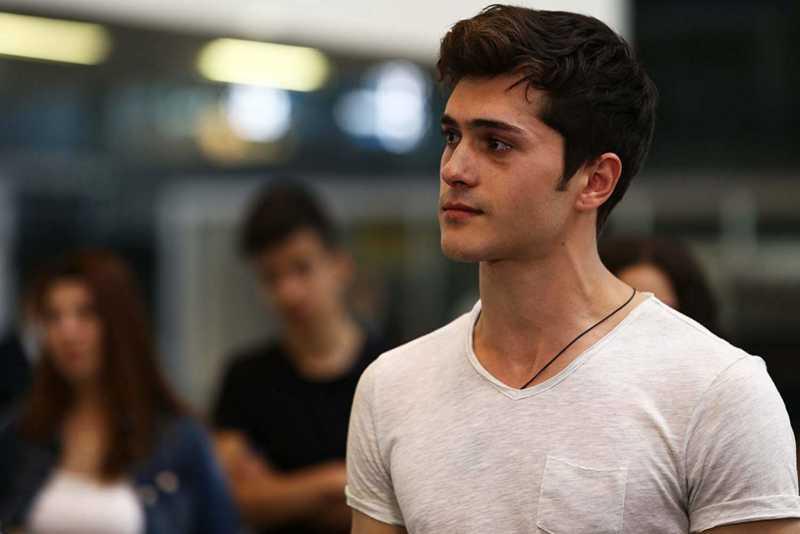 Alperen Duymaz made his first debut on TV in 2015 with Tatlı Küçük Yalancılar - Little Sweet Liars.