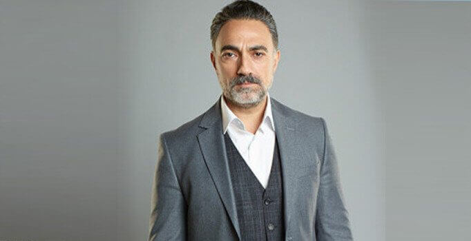 Selim Bayraktar (acted as Abbas Demirkan) is the oldest one of the Demirkan family.