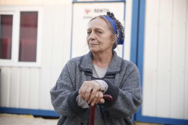 Azimet Demirkan (played by Ayten Uncuoğlu) is the powerful woman of Demirkan family.