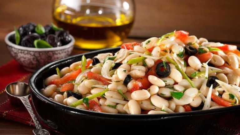 "A Recipe: ""Piyaz"" — Delicious Turkish Bean Salad"