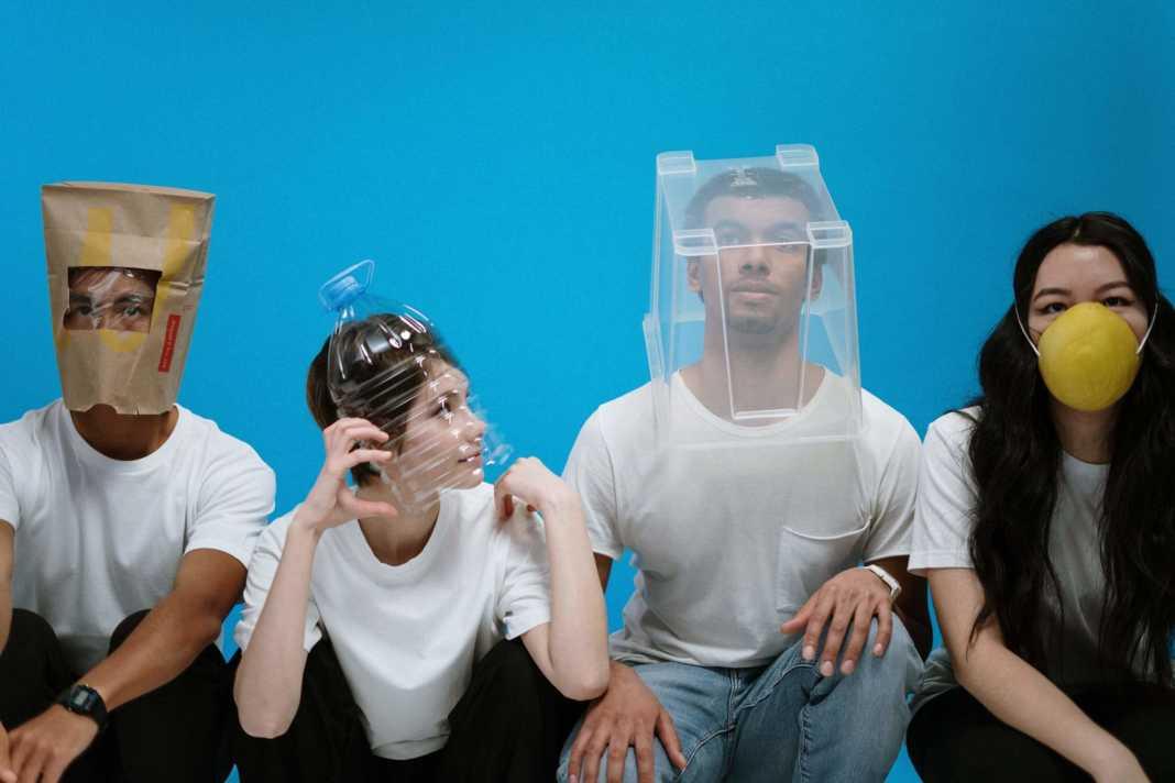 Turkish celebrities took themselves in quarantine as a self-precaution against coronavirus epidemic. (Photo: cottonbro)