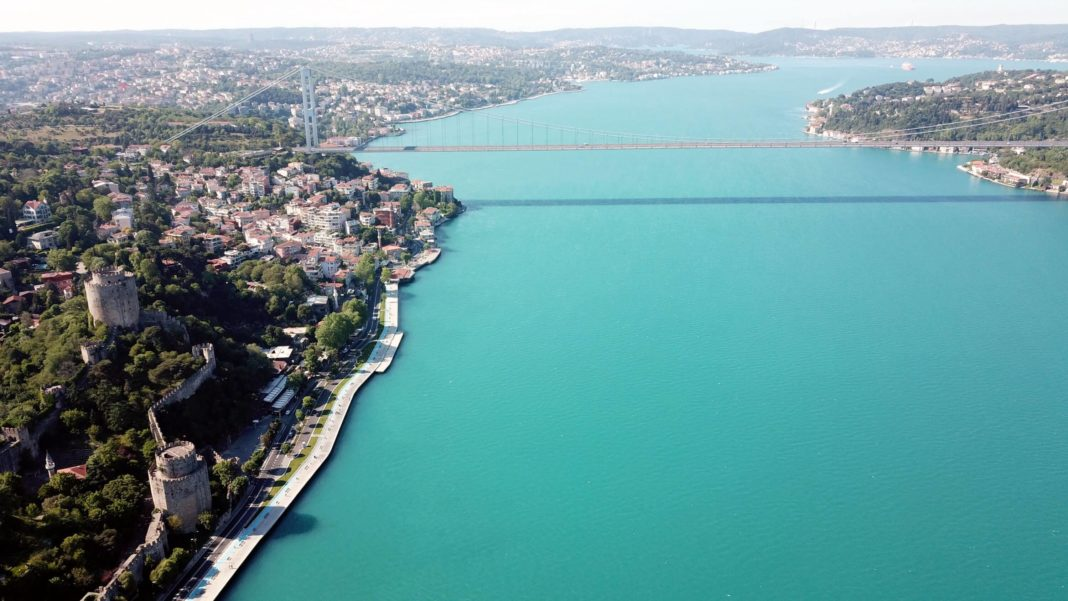 Istanbul's Bosporus with fascinating turquoise color. (Daily Sabah)