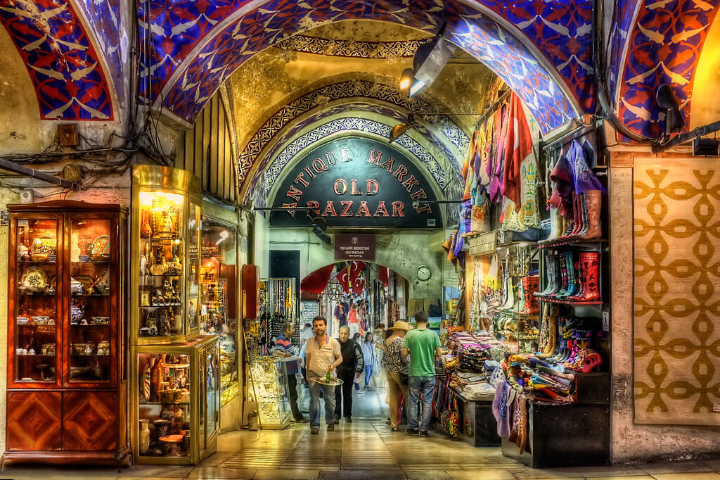 The key point while shopping at Istanbul's Grand Bazaar is to bargain as hard as you can. (Image Credit-Flickr)