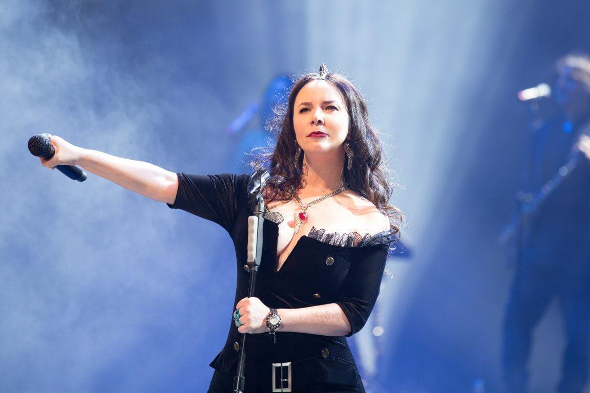 Woman in Black-Şebnem Ferak is the prominent Turkish rock singer. (Image Credit-Sabah)