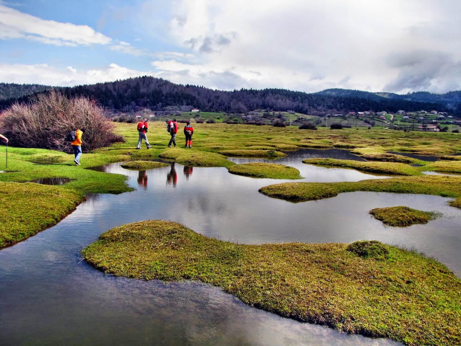 Soğucak Pleteau offers an amazing camping spot nested with the nature. (Image Credit-Gezilecek Yerler)