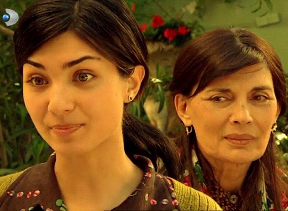 Tuba Büyüküstün in Çemberimde Gül Oya Turkish TV series.