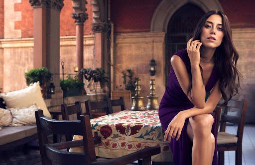 39-year-old Turkish actress Cansu Dere.