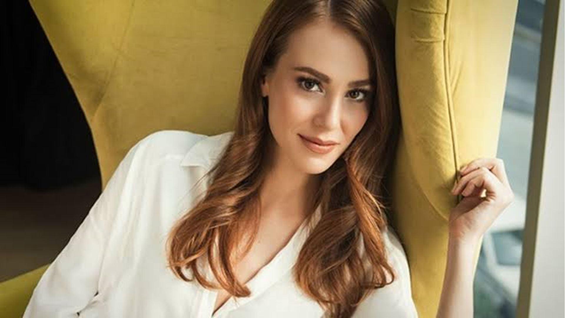 Beautiful Turkish actress Elçin Sangu.