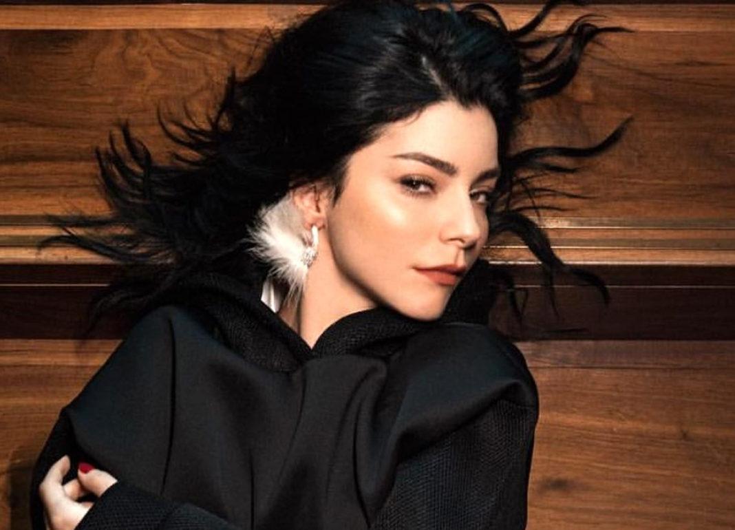 The beautiful Turkish actress and former model Merve Boluğur.