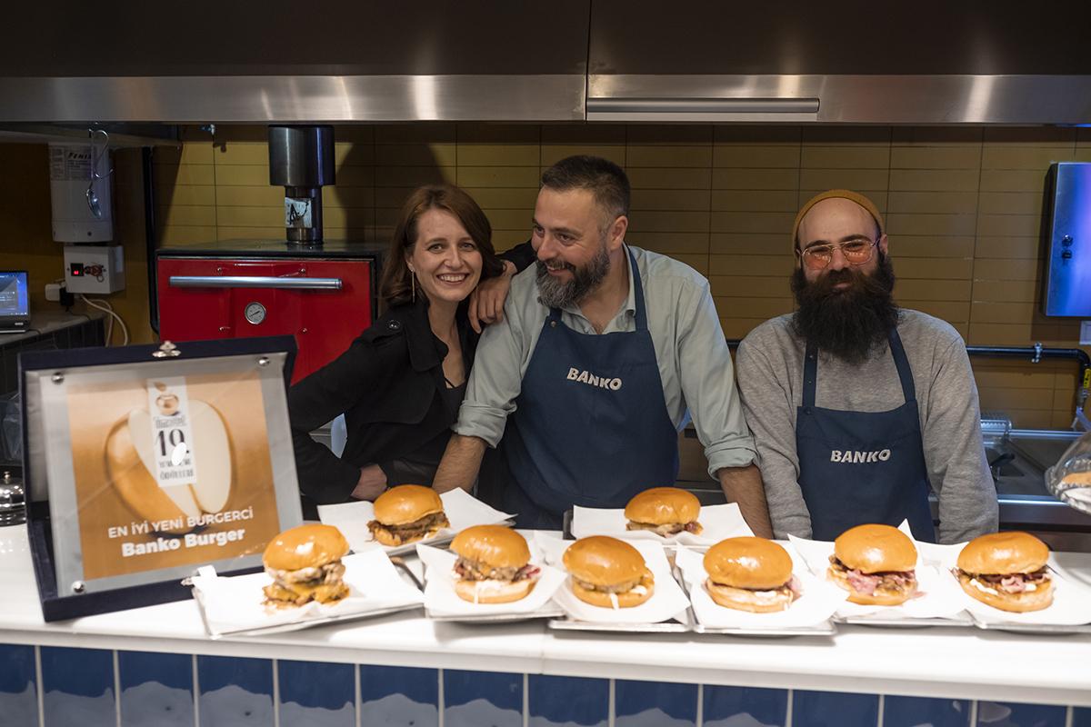 Banko Burger, Moda