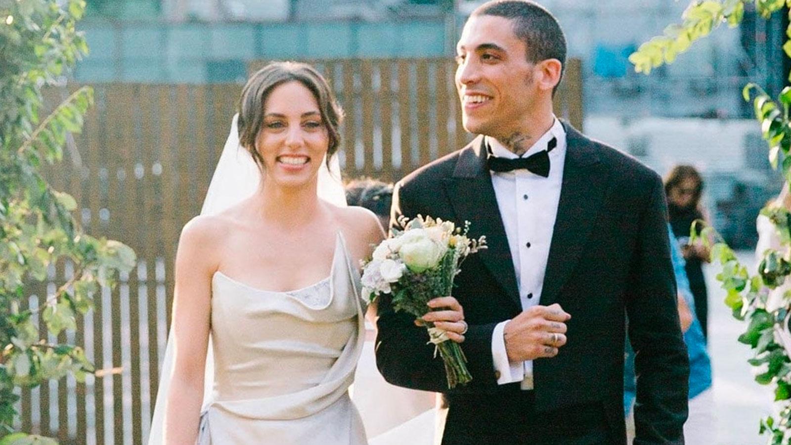 Öykü Karayel (L) and her husband Can Bonomo