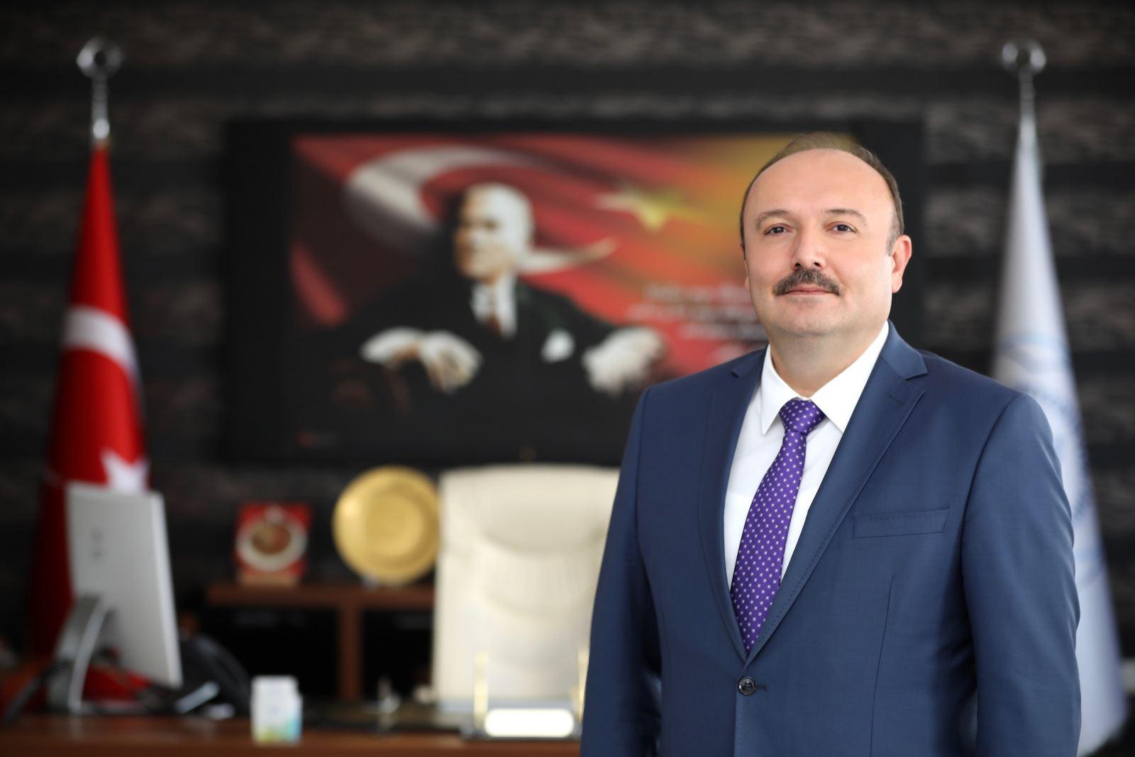 Bandırma Onyedi Eylül University's rector Prof Süleyman Özdemir