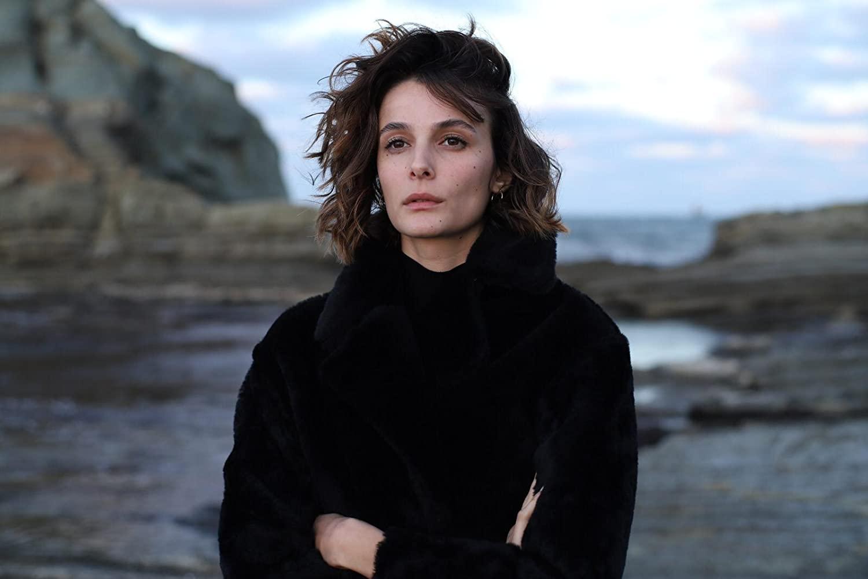 The actress studied theatre at Mimar Sinan University