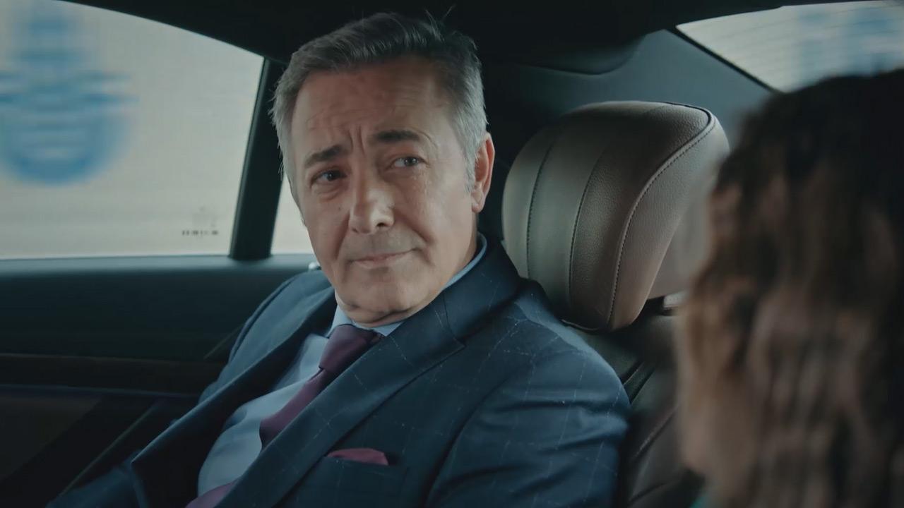 The master Turkish actor Mehmet Aslantuğ is acting as Harun Orhun