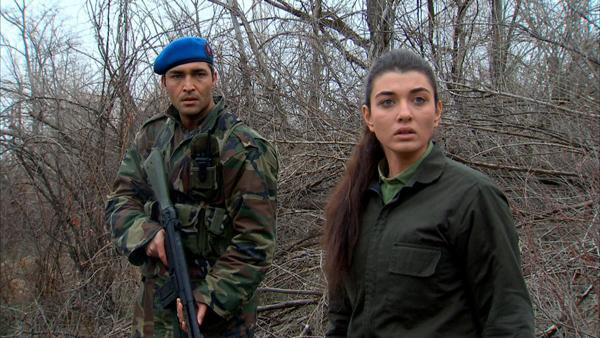 Aslıhan Güner as Leyla in Şefkat Tepesi (The Hill), 2010