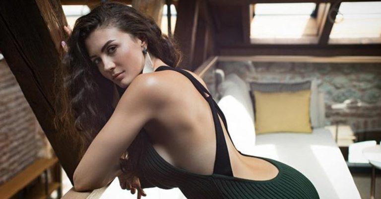 Burcu Özberk: Everything You Need to Know About the Beautiful Actress