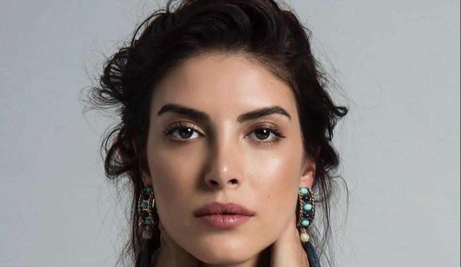 Deniz Baysal Yurtçu fascinates the audience with her pure beauty