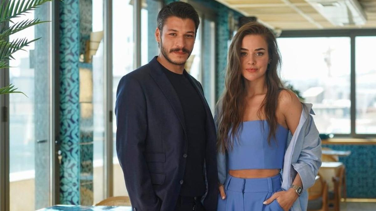 Kubilay Aka (as Cem) and Bensu Soral (as Leyla)