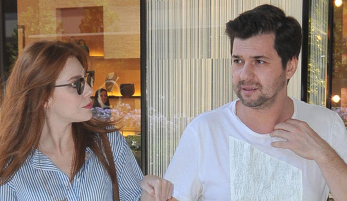 The actress's boyfriend Yunus Özdiken is a well-known fashion designer settled in Istanbul