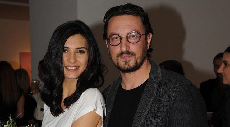 The famous Turkish actor and director Onur Saylak and Tuba Büyüküstün married in 2011