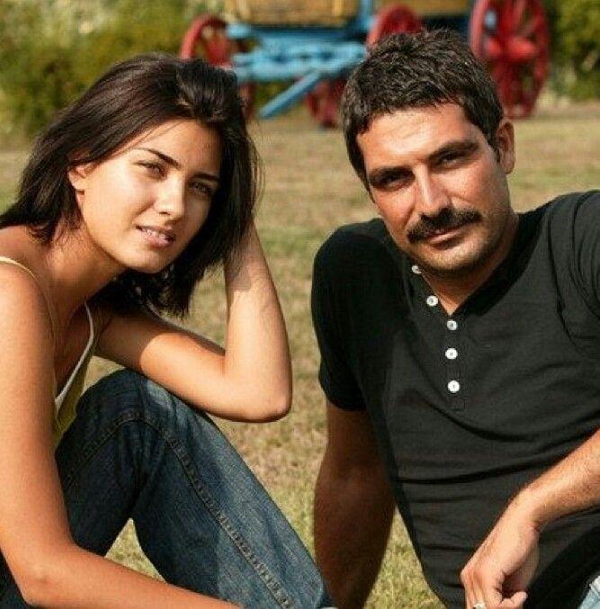 Tuba Büyüküstün and Bülent İnal couple was Turkey's most popular couple once upon a time