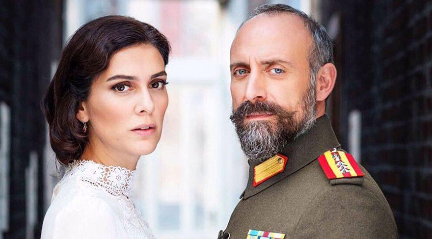 Bergüzar Korel and Halit Ergenç in Vatanım Sensin (Wounded Love)